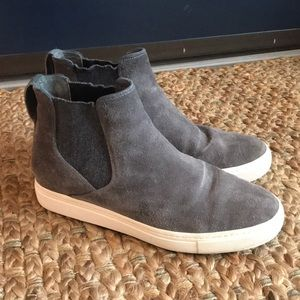 Vince Newlyn gray high top pull on sneaker